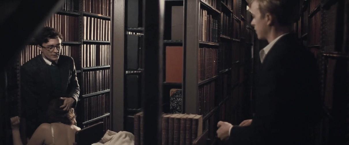图片[6]-[欧美] [剧情]《杀死汝爱》[内嵌中字][高清1080P][哈利波特男主大chi度][同性题材]-S站 (〃∇〃) 追彩虹的人~-Sad.me